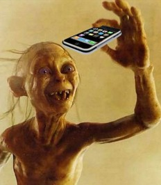 2016-08-19-smartphone-gollum